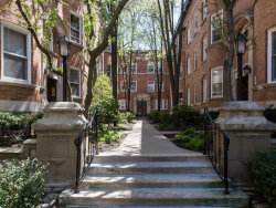 Photo of 631 W Barry Avenue, Unit Number 1G, CHICAGO, IL 60657 (MLS # 10387837)