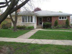 Photo of 8030 N Octavia Avenue, NILES, IL 60714 (MLS # 10388612)
