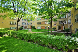 Photo of 6132 N Damen Avenue, Unit Number 3A, CHICAGO, IL 60659 (MLS # 10392426)