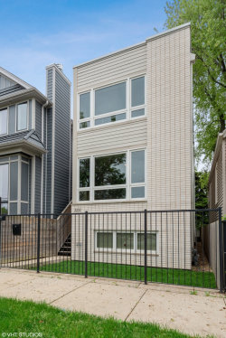 Photo of 2232 W Oakdale Avenue, CHICAGO, IL 60618 (MLS # 10401535)