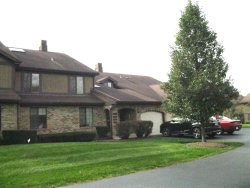 Photo of 1915 Golf View Drive, Unit Number 2D, BARTLETT, IL 60103 (MLS # 10409210)