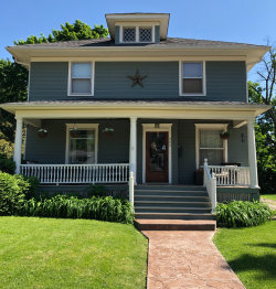 Photo of 465 Park Street, ELGIN, IL 60120 (MLS # 10415147)