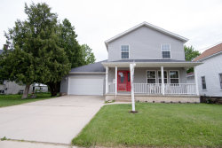 Photo of 226 Center Cross Street, SYCAMORE, IL 60178 (MLS # 10417660)