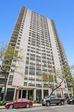 Photo of 1355 N Sandburg Terrace, Unit Number 2803, CHICAGO, IL 60610 (MLS # 10419286)