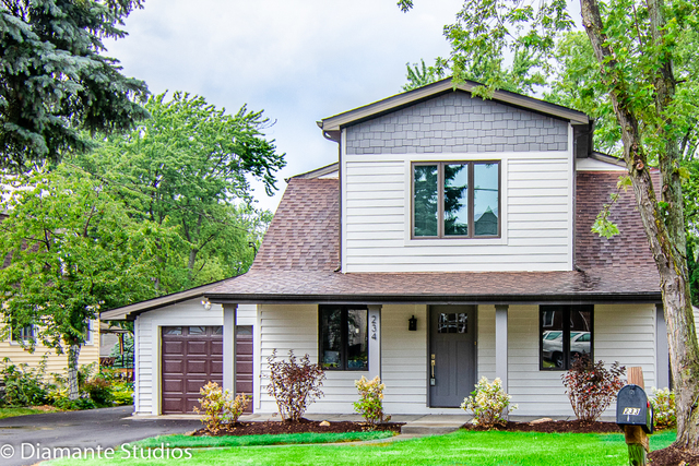 Photo for 15W234 Concord Street, ELMHURST, IL 60126 (MLS # 10420196)