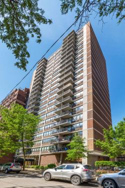 Photo of 2740 N Pine Grove Avenue, Unit Number 17G, CHICAGO, IL 60614 (MLS # 10420439)