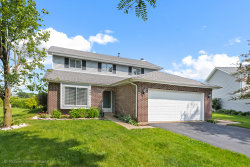 Photo of 260 Westbrook Circle, NAPERVILLE, IL 60565 (MLS # 10422723)