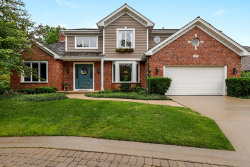 Photo of 327 Carriage Hill Circle, LIBERTYVILLE, IL 60048 (MLS # 10429067)