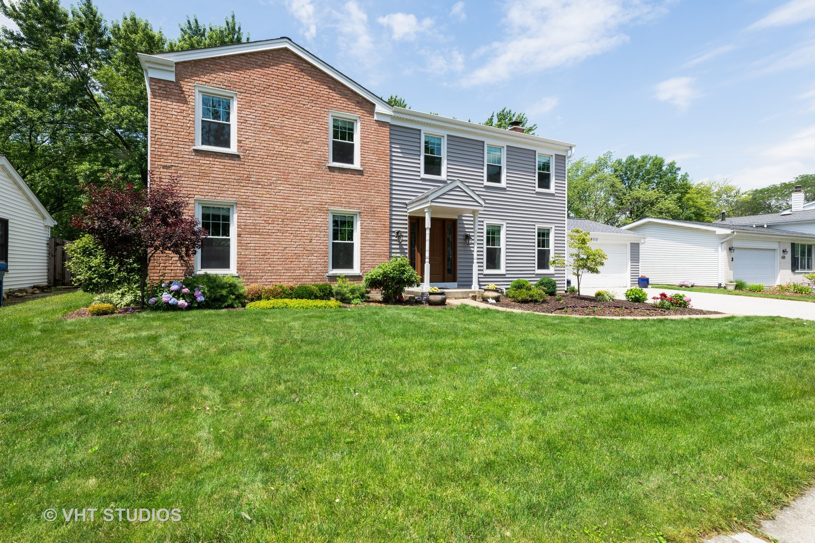 Photo for 4112 Roslyn Road, DOWNERS GROVE, IL 60515 (MLS # 10436658)