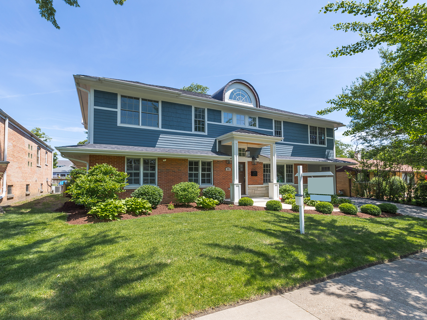 Photo for 418 Austin Street, DOWNERS GROVE, IL 60515 (MLS # 10439253)
