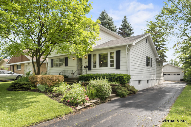 Photo for 4137 Highland Avenue, DOWNERS GROVE, IL 60515 (MLS # 10442048)