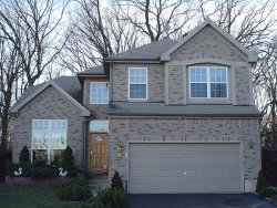 Photo of 15 Eagle Court, STREAMWOOD, IL 60107 (MLS # 10447384)