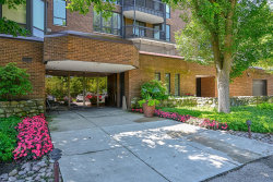 Photo of 1140 Old Mill Road, Unit Number 302F, HINSDALE, IL 60521 (MLS # 10448501)