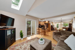 Tiny photo for 908 Highland Court, DOWNERS GROVE, IL 60515 (MLS # 10450780)