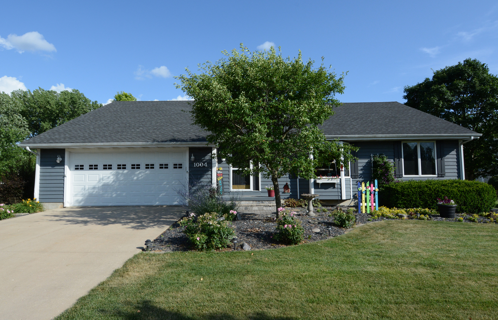 Photo for 1004 Michael Street, SYCAMORE, IL 60178 (MLS # 10453536)