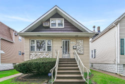 Photo of 5915 W Eastwood Avenue, CHICAGO, IL 60630 (MLS # 10455264)