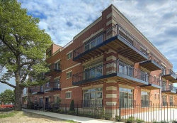 Photo of 4755 N Kilbourn Avenue, Unit Number 1A, CHICAGO, IL 60630 (MLS # 10456315)