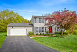 Photo of 39W350 Overcup Court, ST. CHARLES, IL 60175 (MLS # 10457969)