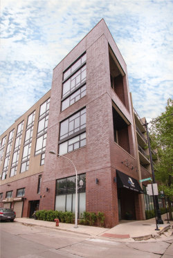 Photo of 3946 N Ravenswood Avenue N, Unit Number 408, CHICAGO, IL 60613 (MLS # 10458142)