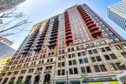 Photo of 212 W Washington Street, Unit Number 1507, CHICAGO, IL 60606 (MLS # 10472702)