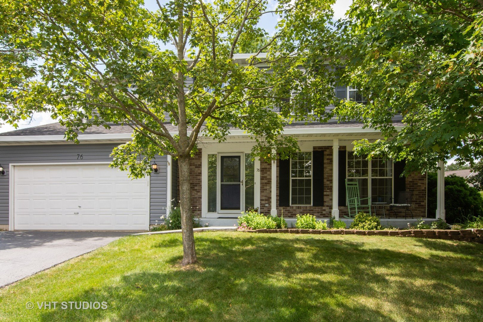 Photo for 76 Ivanhoe Lane, CARY, IL 60013 (MLS # 10474090)