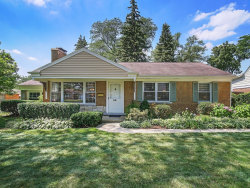 Photo of 30 Indian Drive, CLARENDON HILLS, IL 60514 (MLS # 10474805)