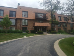 Photo of 3950 Dundee Road, Unit Number 103, NORTHBROOK, IL 60062 (MLS # 10477723)