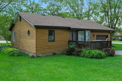 Photo of 350 Council Trail, LAKE IN THE HILLS, IL 60156 (MLS # 10481232)