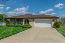 Photo of 243 Bunting Lane, BLOOMINGDALE, IL 60108 (MLS # 10483553)