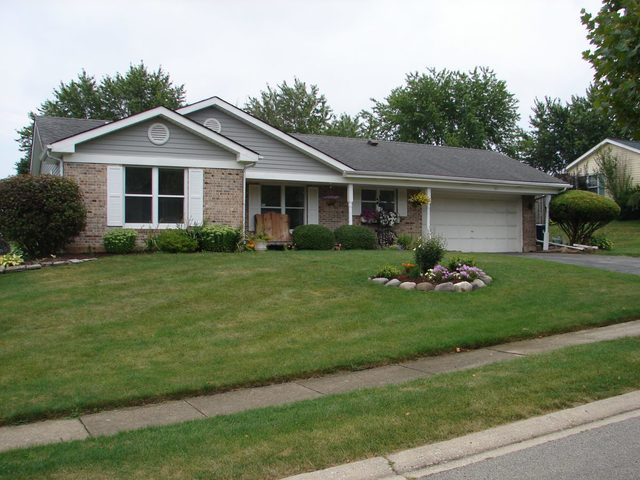 Photo for 515 Somerset Court, Algonquin, IL 60102 (MLS # 10483737)
