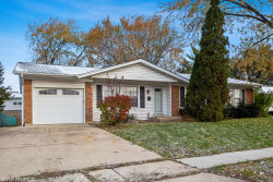 Photo of 104 Parkchester Road, Elk Grove Village, IL 60007 (MLS # 10484789)