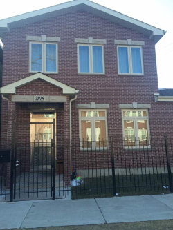 Photo of 3918 S Rockwell Street, CHICAGO, IL 60632 (MLS # 10489407)