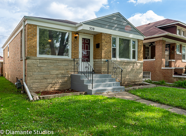 Photo for 339 Englewood Avenue, Bellwood, IL 60104 (MLS # 10503679)