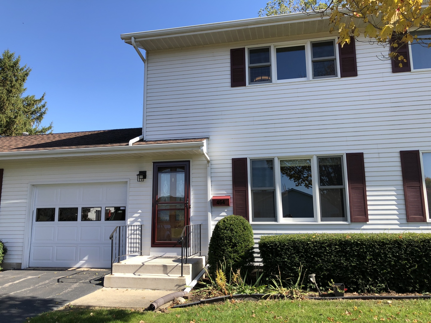 Photo for 464 E Exchange Street, Unit Number 7, Sycamore, IL 60178 (MLS # 10508779)