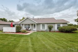 Photo of 5111 W Thornwood Drive, Unit Number B, MCHENRY, IL 60050 (MLS # 10509891)