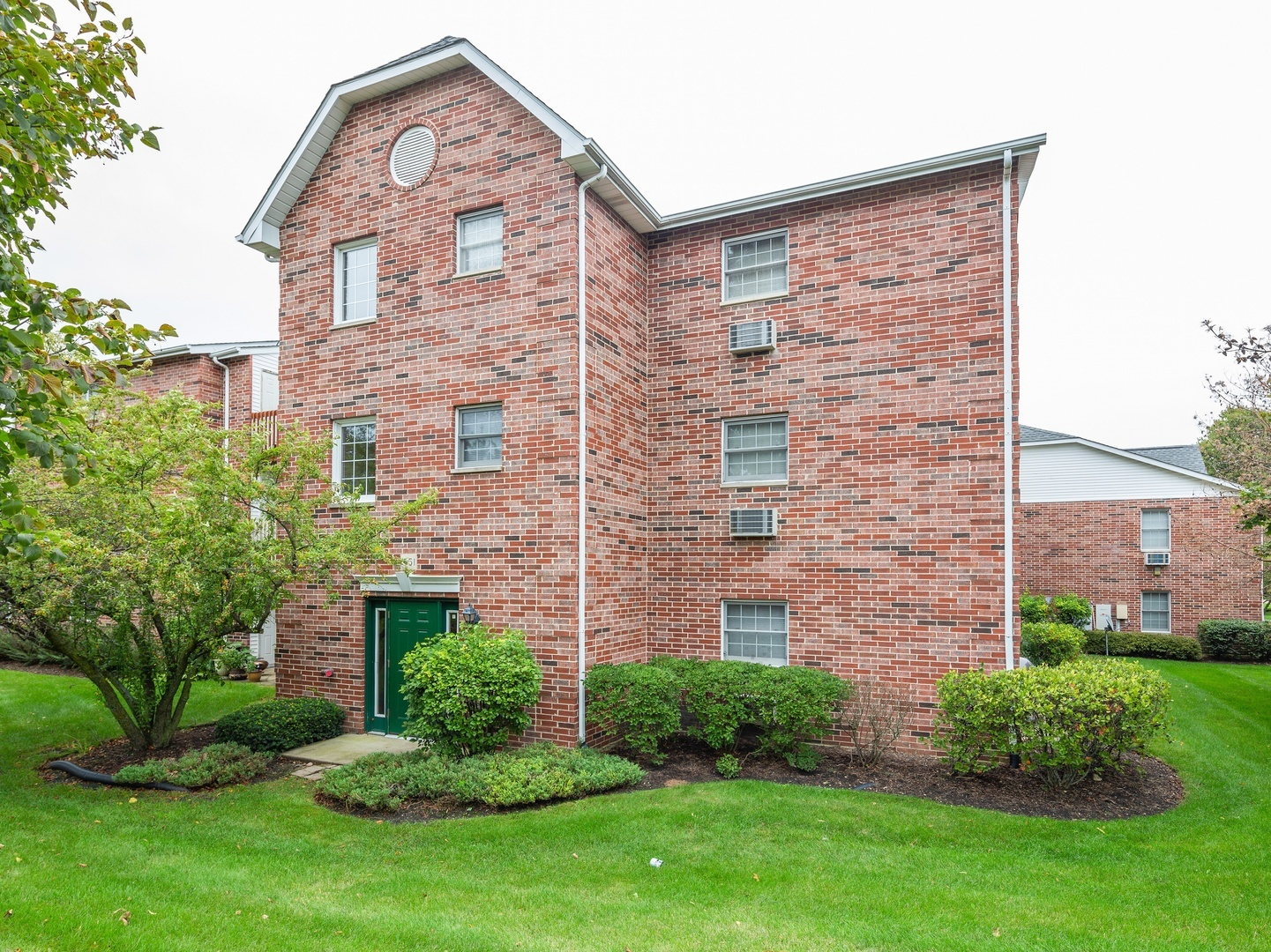 Photo for 551 Leah Lane, Unit Number 3B, Woodstock, IL 60098 (MLS # 10510194)