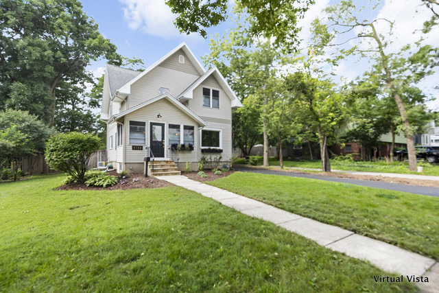 Photo for 5738 Dunham Road, DOWNERS GROVE, IL 60516 (MLS # 10511425)
