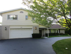 Photo of 1710 Fieldwood Drive, NORTHBROOK, IL 60062 (MLS # 10513638)