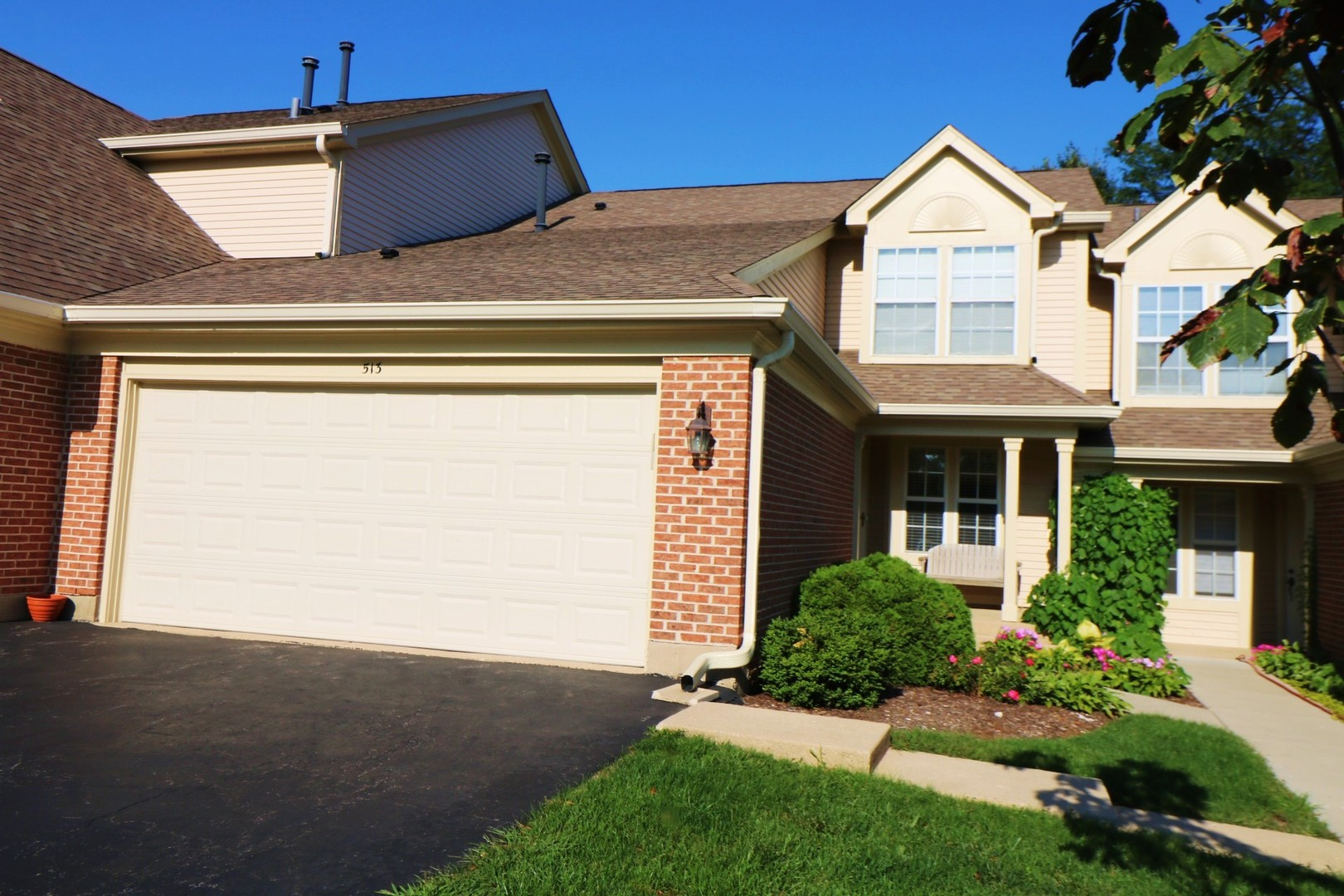 Photo for 513 Pembrook Court N, Unit Number 513, Crystal Lake, IL 60014 (MLS # 10513818)