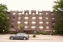 Photo of 8444 W Wilson Avenue, Unit Number 311, CHICAGO, IL 60656 (MLS # 10515915)