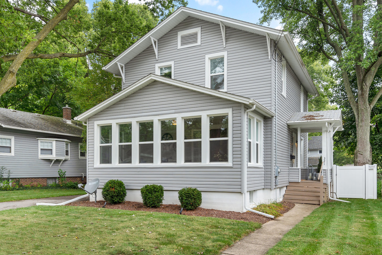 Photo for 321 Franklin Street, Batavia, IL 60510 (MLS # 10517160)