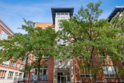 Photo of 27 N Racine Avenue, Unit Number 401, CHICAGO, IL 60607 (MLS # 10520478)