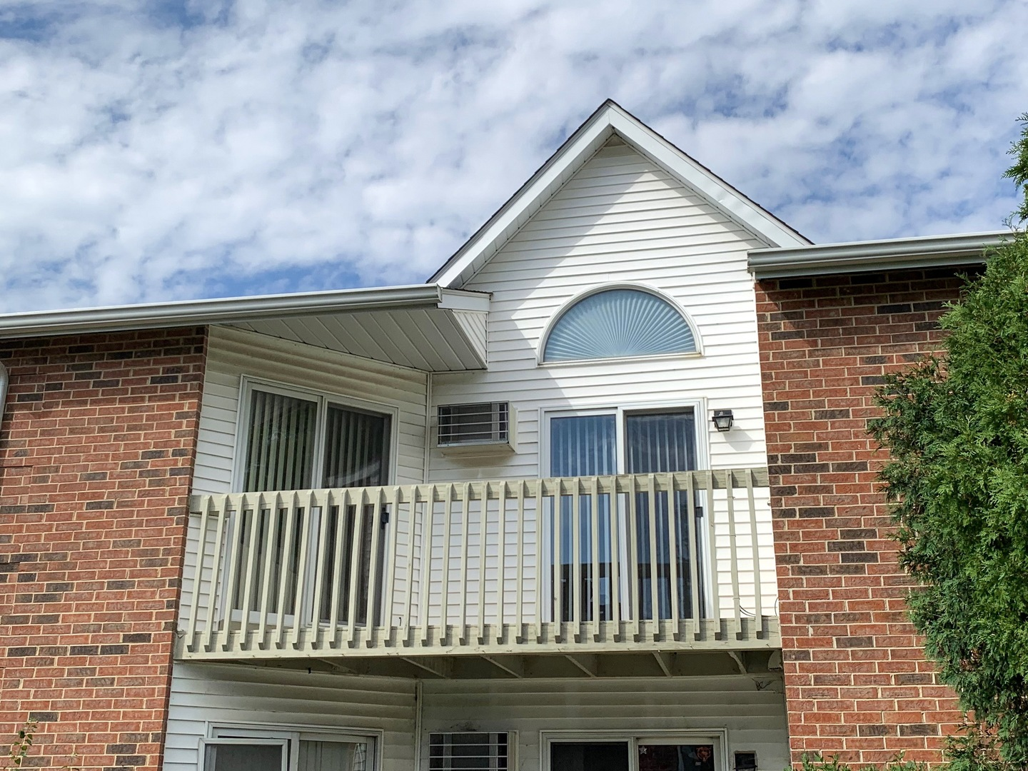 Photo for 1350 Cunat Court, Unit Number 2C, Lake in the Hills, IL 60156 (MLS # 10522412)