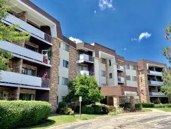 Photo of 3300 N Carriageway Drive, Unit Number 314, ARLINGTON HEIGHTS, IL 60004 (MLS # 10522696)