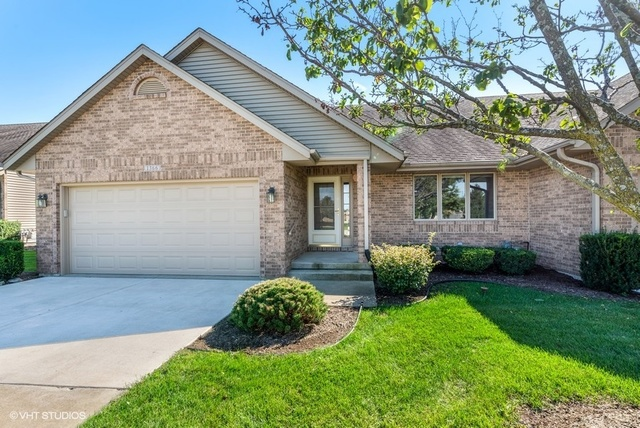 Photo for 1366 S Milan Drive, Sycamore, IL 60178 (MLS # 10529871)