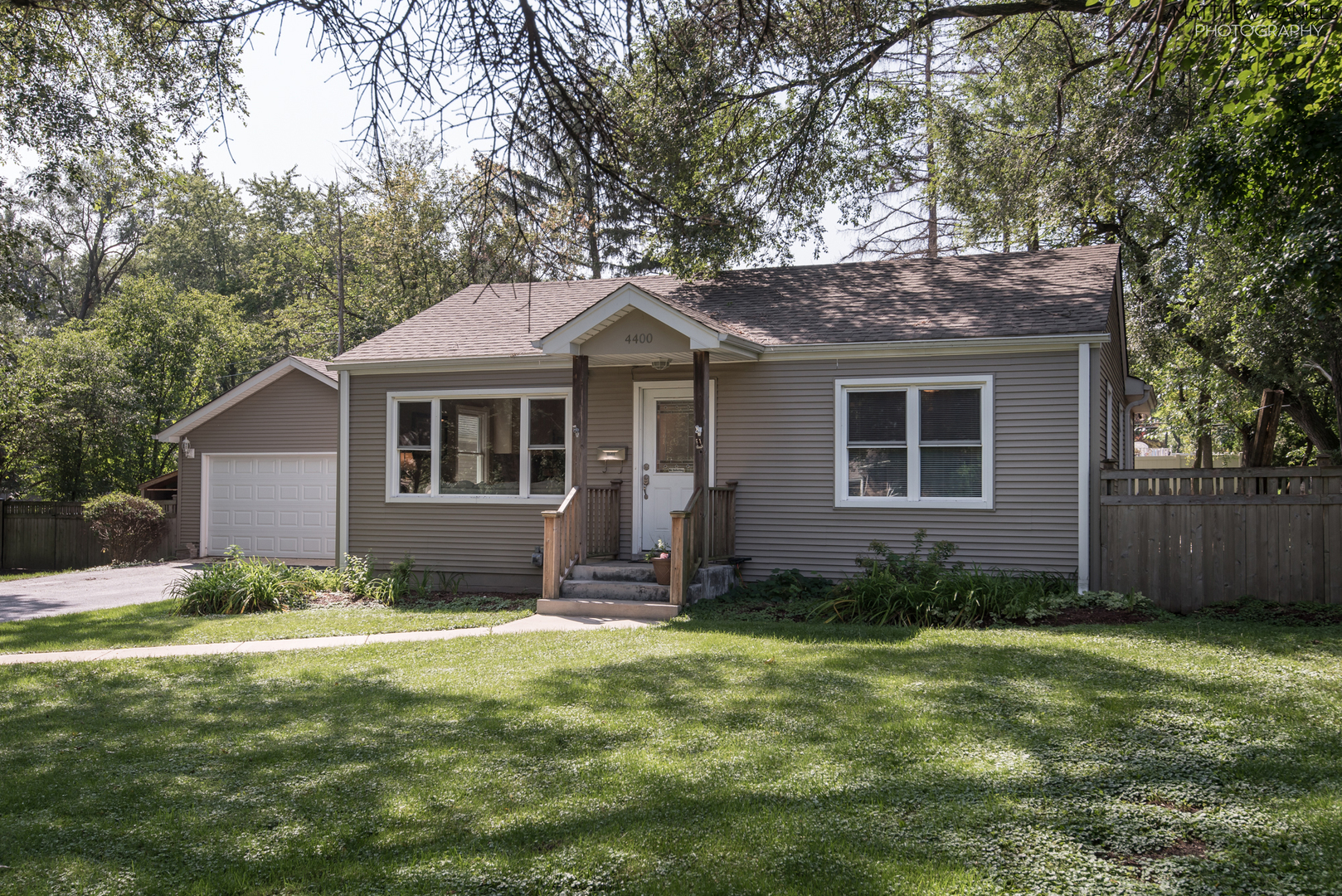 Photo for 4400 Stonewall Avenue, Downers Grove, IL 60515 (MLS # 10535290)
