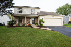 Photo of 406 Barton Place, Carol Stream, IL 60188 (MLS # 10536756)