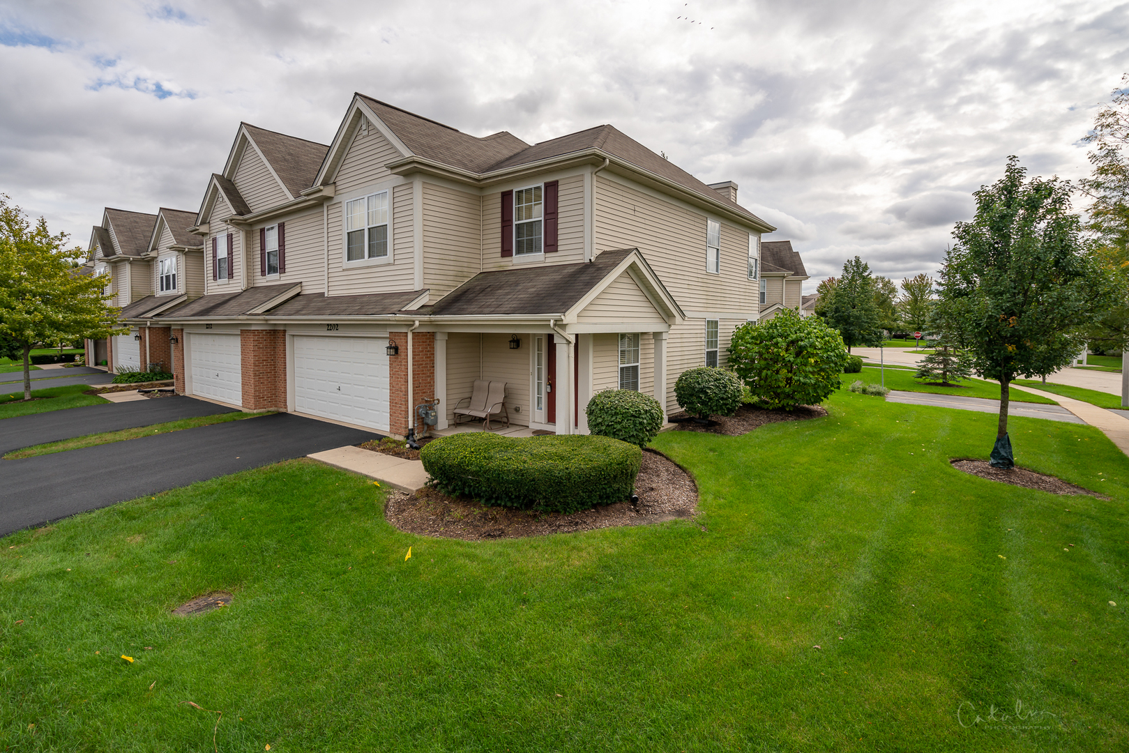 Photo for 2202 Claremont Lane, Lake In The Hills, IL 60156 (MLS # 10538095)