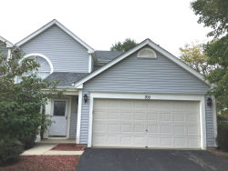 Photo of 700 Legends Drive, Carol Stream, IL 60188 (MLS # 10538912)