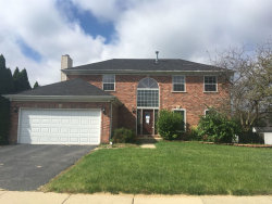 Photo of 890 High Ridge Pass, Carol Stream, IL 60188 (MLS # 10539612)